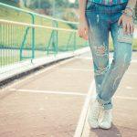 Jak zrobic przetarcia na spodniach?